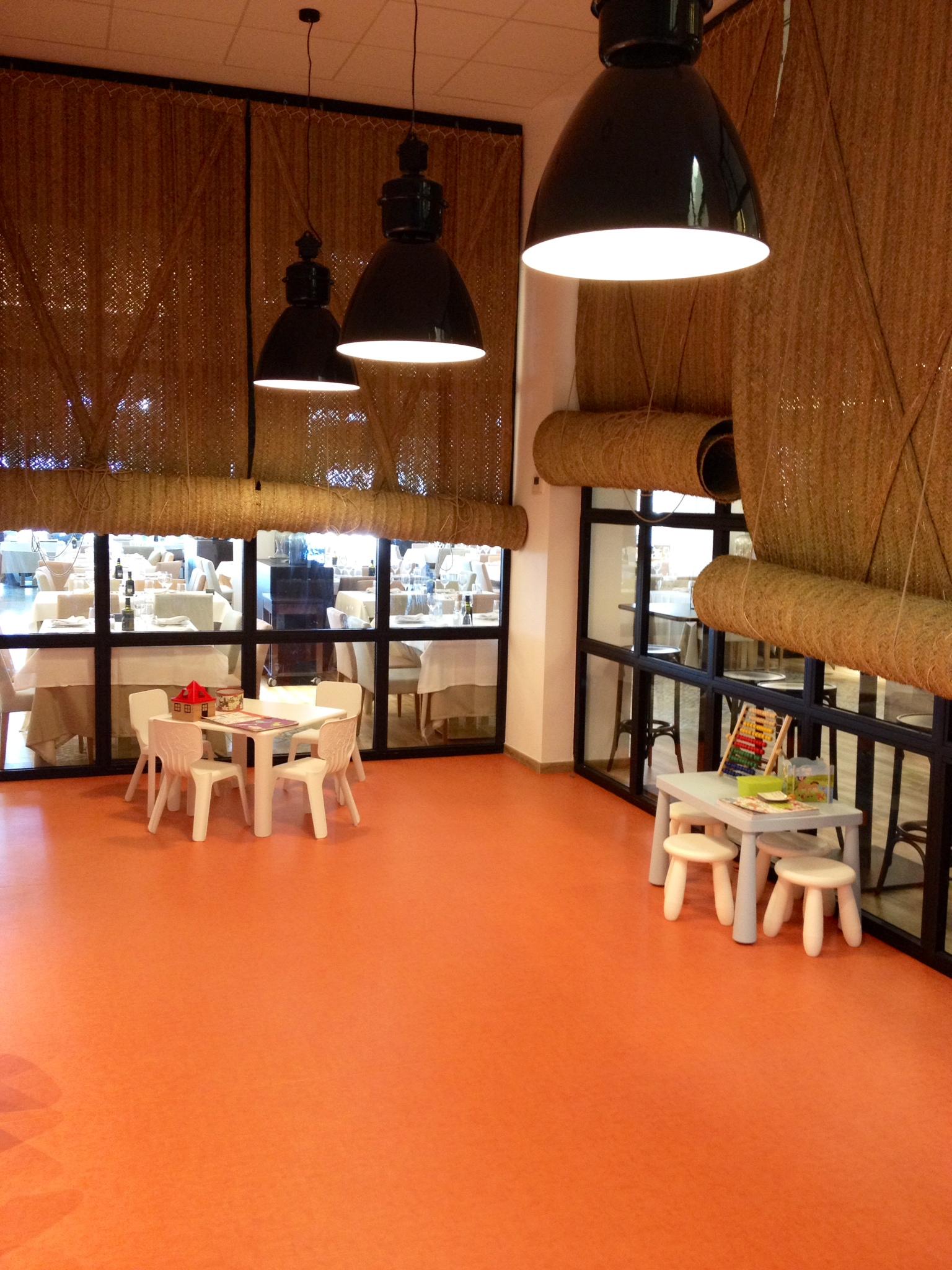 Restaurantes para ir con ni os en valencia for Habitaciones familiares valencia